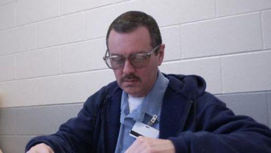 Серійного вбивцю, забили до смерті у в'язниці США