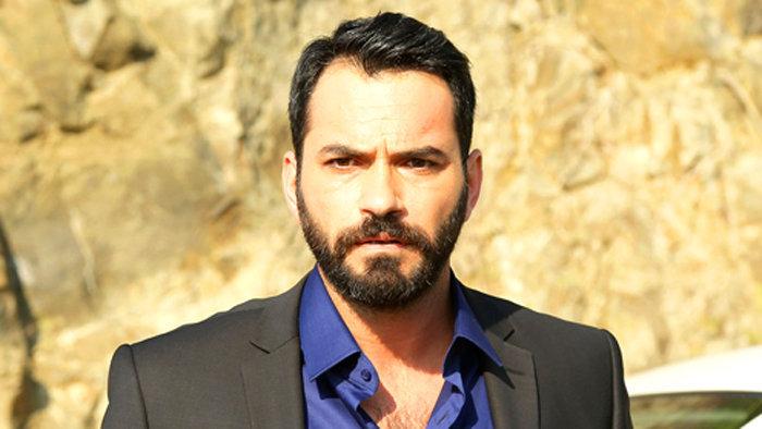Біографія турецького актора Сердара Озера