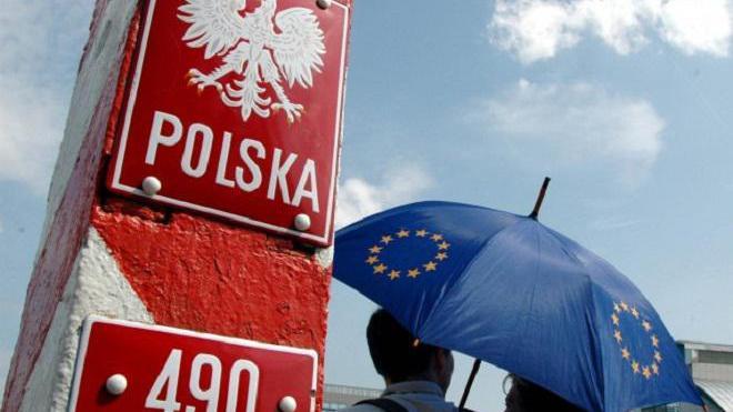 Сюрпризи чекають українських заробітчан в Польщі