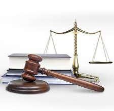 pochemu-stoyt-vybyrat-tolko-professyonalnyh-advokatov